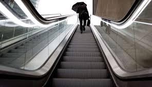 تحقیق و پژوهش اصول طراحی آسانسور و پله در سازه