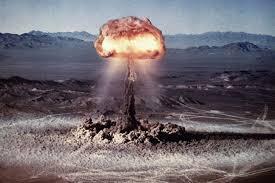 """<span itemprop=""""name"""">تحقیق کامل در مورد بمب اتم</span>"""