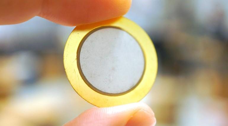 مقاله ساخت پيزوالكتريك فلزي با استفاده از فناوري نانو